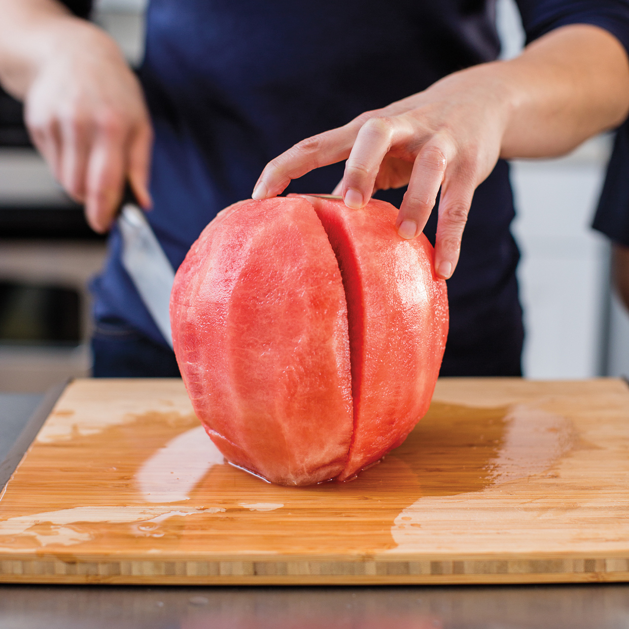KitchenSkills_How_to_cut_a_melon-42