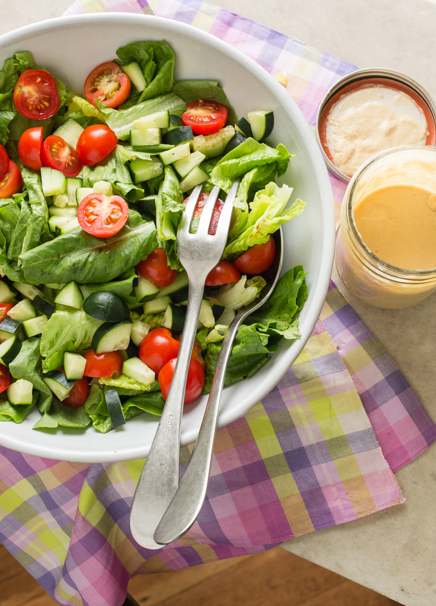 green_salad_tahini_dressing-7